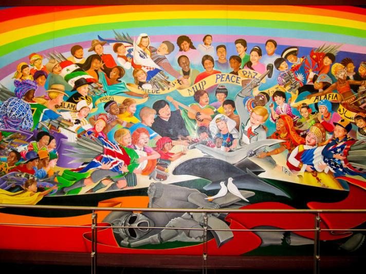 children-world-dream-peace-mural-leo-tanguma-denver-international-airport-dia-s-art-collection-was-honored-ten-40774084